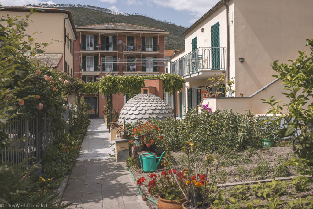 The beautiful hotel close to the train station and hikes in Levanto