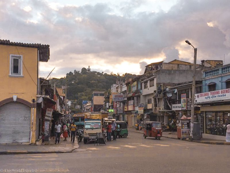 The beautiful sunset in Kandy town