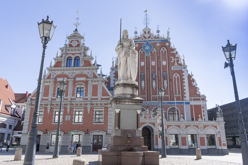 The Roland Statue can be seen in the center of the main square in Riga, Latvia. Save this post for a complete guide to seeing all the top sights in Riga during a quick visit.