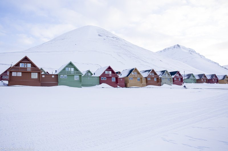 The main town of Longyearbyen in Svalbard is a great place to wander around in between excursions out in this winter wonderland!