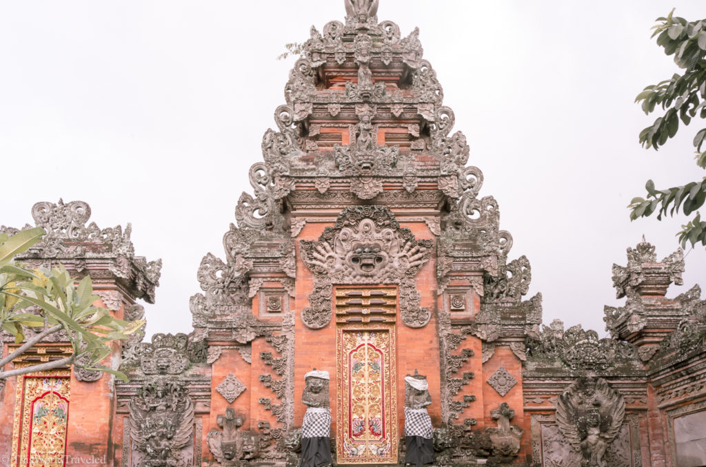 Bali has so many temples that you can find all over the area. The temples have beautiful ornamentation and are all painted lovely colors.