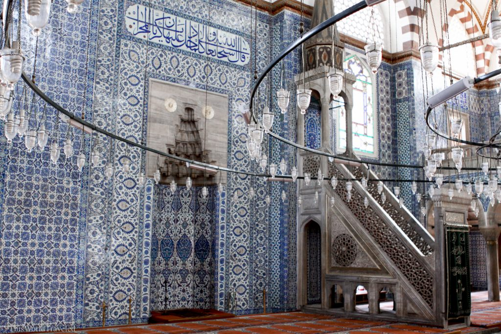 The interior of the Rüstem Paşa Mosque in Istanbul is stunning!
