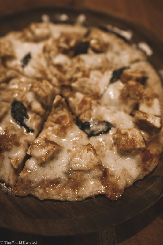 A delicious paneer pizza served at The Liquor Industry in Jodhpur