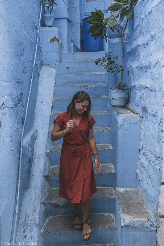Walking through the blue city of Jodhpur