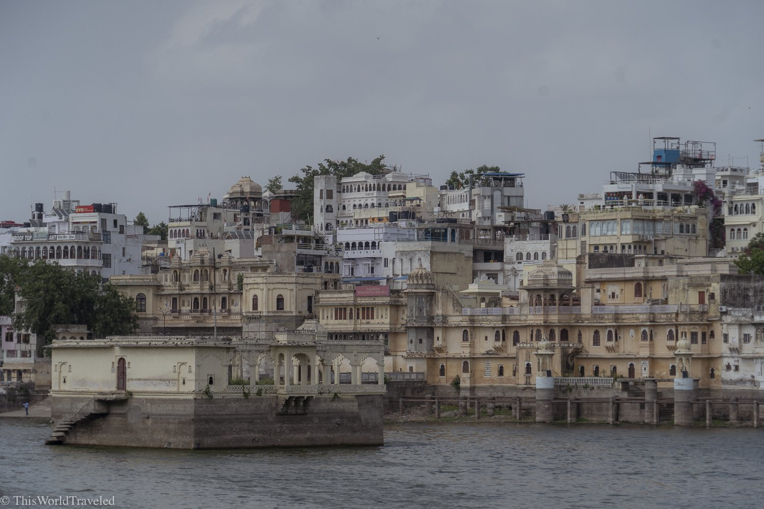 views from the ghat in udaipur
