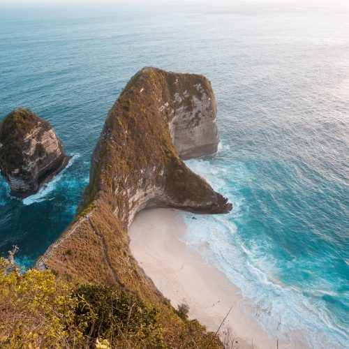 The T-Rex shaped beach on Nusa Penida