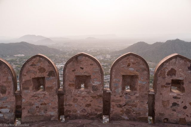 Sunrise view of the Amer Fort wall in Jaipur, India