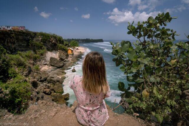 Tebing Pantai Balagan or Balagan Beach Viewpoint in Uluwatu Bali