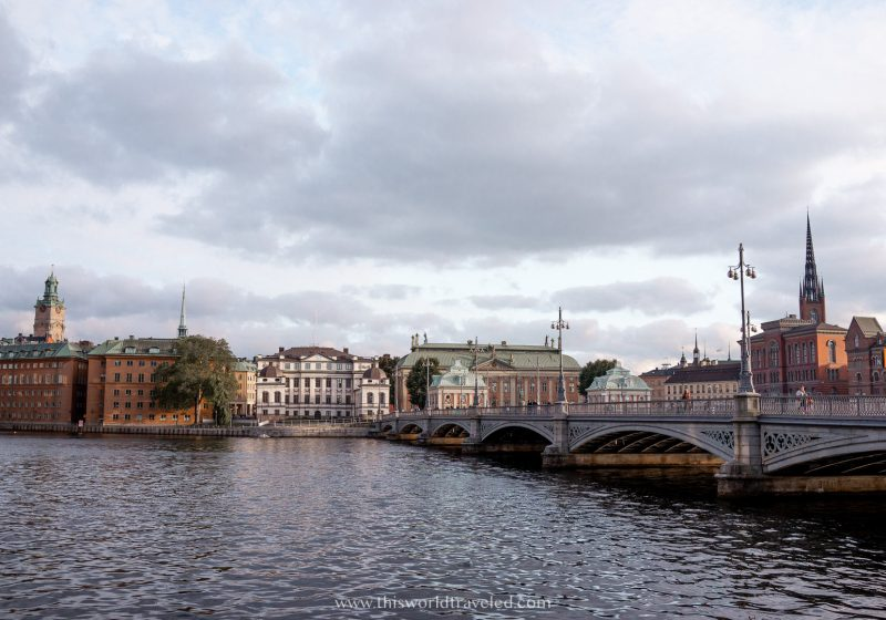 A bridge that connects one of the islands in Stockholm to another